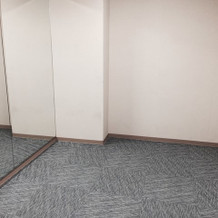 女性着付室の内部