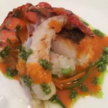 メインの魚料理(海老)
