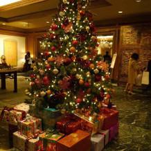 ロビーのクリスマス演出