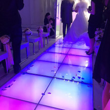 挙式会場の光の演出