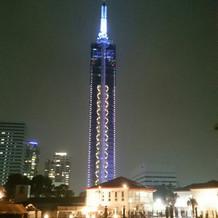 会場から福岡タワーが眺められます