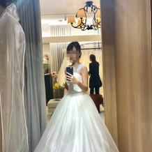 +10万のドレス正面