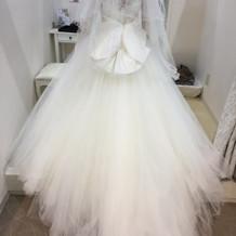 負担金額10万円のドレス