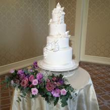 桐の間展示のケーキ