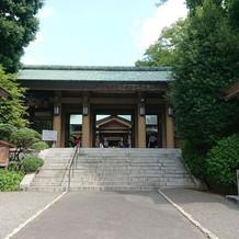 東郷神社入口