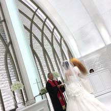 ドレスが映える美しい式場でした。