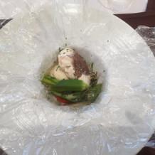 カルタ・ファタに包んだ季節の魚
