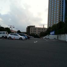 駐車場が大変広いです