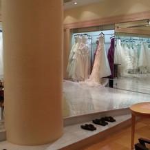ドレスも豊富にありそうです