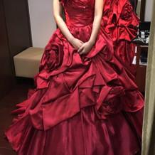 TAKAMI BRIDALのカラードレス