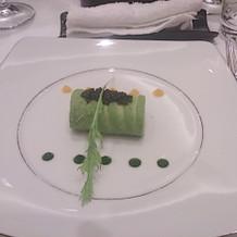 アボカドと蟹の前菜です