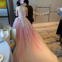 素敵なピンクのドレスでした。