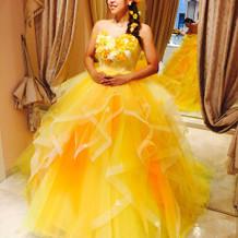 ドレスはハニーウェディングにしました。