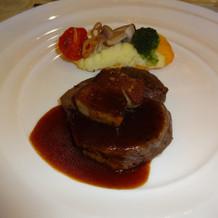 お肉は柔らかくて美味しかったです。