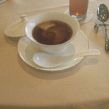 フカヒレとキノコのスープ