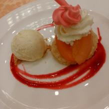 デザート 当日は+ウェディングケーキ
