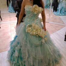 青空みたいなカラードレス