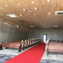 教会のバージンロード