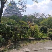 お茶室から望む大阪城