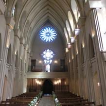 教会の入口側