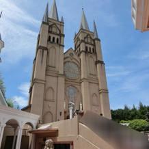 大聖堂の外観