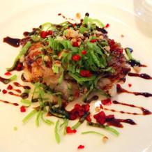 お箸で食べられる中華もオススメです。
