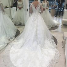 桂由美さんブランドのウェディングドレス