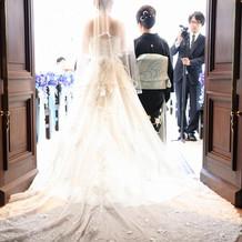 ウェディングドレスも綺麗です!