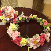 オーダーメイドの花冠とリストブーケ