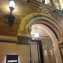 入口の照明の雰囲気