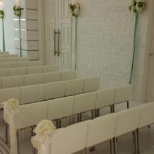 挙式会場ゲスト椅子