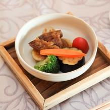 メインの国産牛西京焼