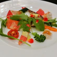 海の幸と野菜のサラダ