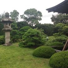 緑がキレイな庭園です。