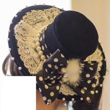 カラードレスとセットの帽子