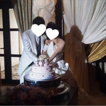 ケーキ入刀です。