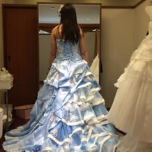 大政絢さんの ドレスが着れて幸せでした。