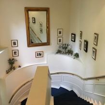 挙式場への階段