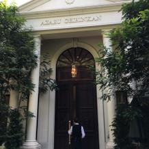 邸宅の入り口