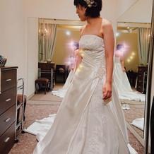 ウェディングドレスすごく綺麗でした!