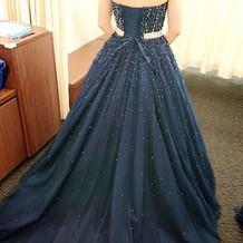キラキラして素敵なドレス!