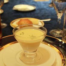 タピオカ・カニ入り冷製コーンスープ
