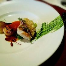 魚料理。鯛のウロコ焼き。皮がパリパリ。