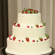 ケーキは3段でした。