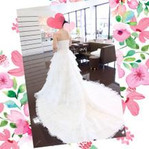 可愛く上品なドレスがたくさん!