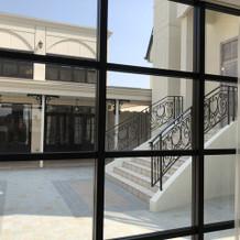 入り口からの内部写真