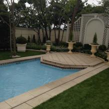 ニューヨーク邸ガーデンのプール
