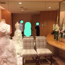 花嫁控室も清潔感有り