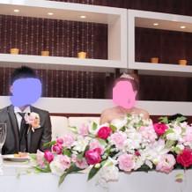 お花もボリュームあって式場に合ってました