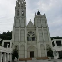 晴れれば素敵な大聖堂